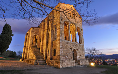 Patrimonio prerománico en Oviedo.