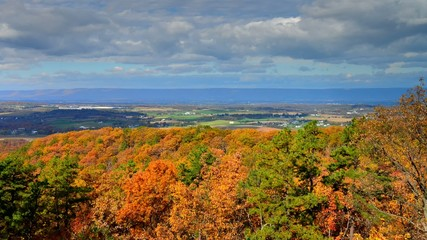 Spectacular timelapse of fall Foliage landscape in Pennsylvania