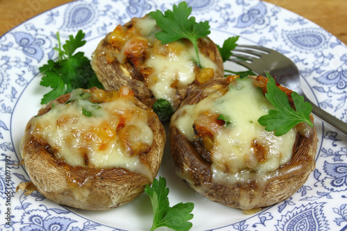 Stuffed champignon