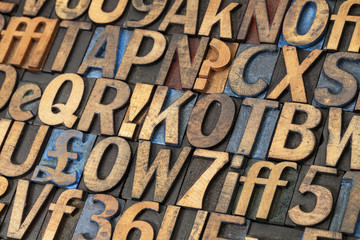 vintage lettepress wood type