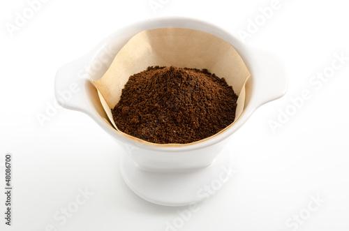 Kaffeepulver im Kaffeefilter