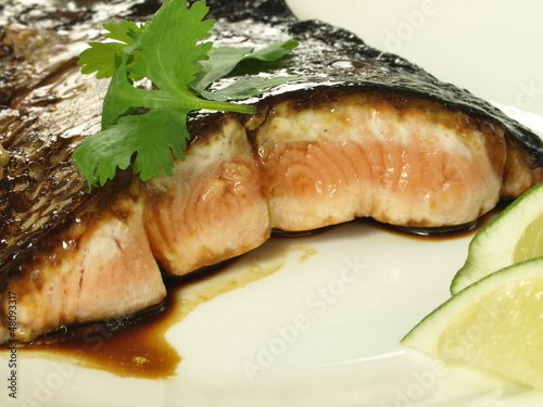 Salmon fried in balsamic vinegar