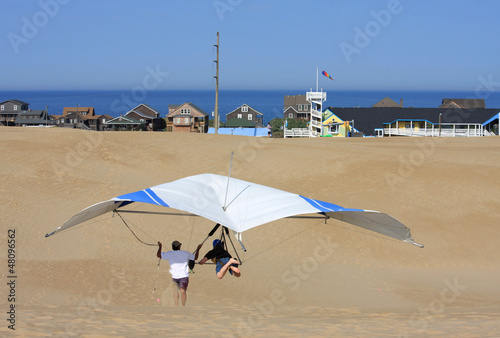 hang glider under instruction - 48096562