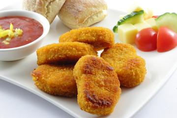 Chickennuggets mit Miniciabata und scharfen Dip