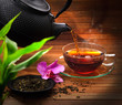 Servieren von schwarzem Tee