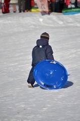 Bimbo sulla neve