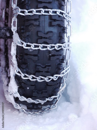 Snow chains tyre