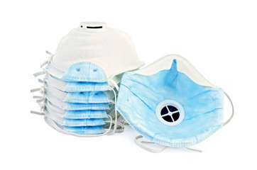 Respirators disposable