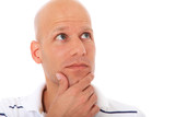 Attraktiver Mann überdenkt eine Entscheidung