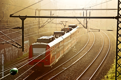 Elektrotriebwagen S-Bahn Zug am Morgen