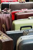 """Osnovni nacin unosa i prenosa stenicama u Vasem domu i radnom objektu je iskljucivo putem kako putnih tako i svakodnevnih torbi.Blagovremena briga odlaganja Vasih torbi ispred ulaznih vratiju u namenskih kutijama prethodno tretiranim preparatima na pojavu stenica resava problem pojave stenicama u smislu epidemije.Ako nosite sa sobom torbe-nikada ih ne stavljajte blizu kreveta domacima kome ste se uputili u poseti.Agencija""""Eko-Kliners"""" i sajt""""Dezinsekcija.net""""."""