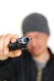 拳銃を持った男