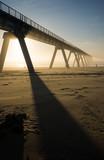 pont sur la plage