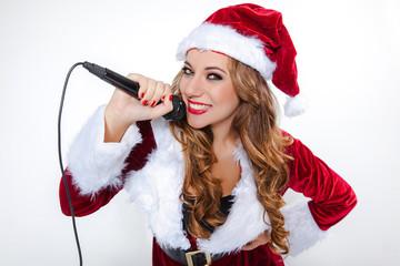 singende weihnachtsfrau 1