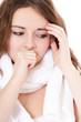 Attraktives Mädchen leidet unter einer Erkältung