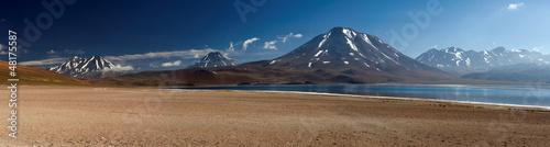 Lagoon altiplanica, Atacama