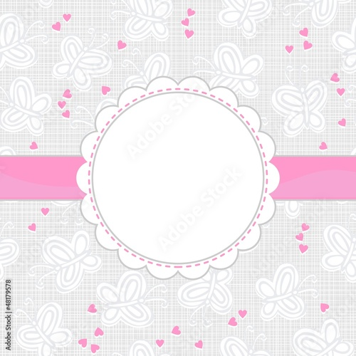 motyle i różowe serca na jasnym tle z ramką i wstążką