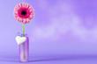 Blume mit Herz auf flieder Hintergrund