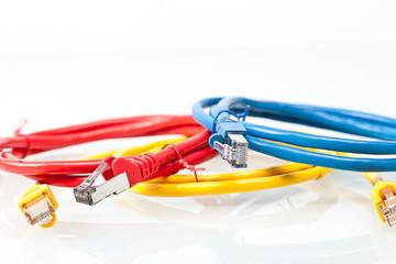 bunte Kabel © Matthias Buehner