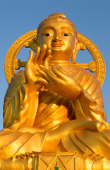 The giant golden Buddha statue