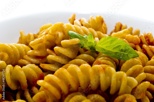 Pasta with tomato sauce and basil