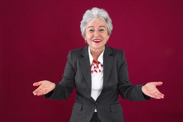 Glückliche Frau im Ruhestand