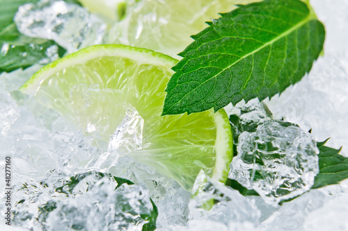 lime and peppermint © Igor Normann