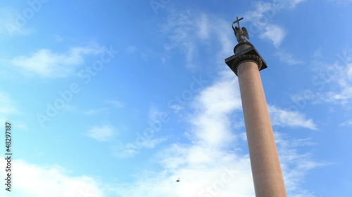 Alexander Column in St. Petersburg. Real time.