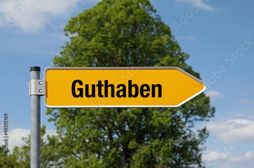 Pfeil mit Baum GUTHABEN