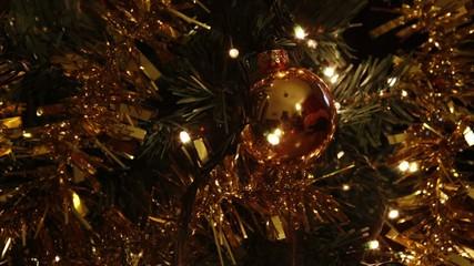 Àrvore de Natal, pormenor com luzes a cintilar, timelapse