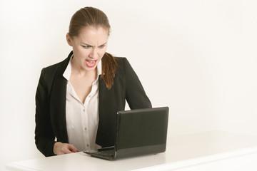 Sekretärin am Schreibtisch