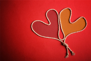 Due cuori legati - Two linked hearts