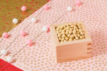 春の伝統行事、豆まき