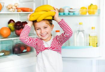 girl with bananas