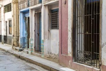 Häuserfassade in Havanna, Kuba