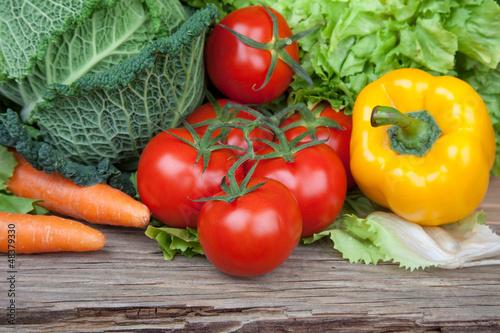 Gemüse auf Holz I