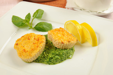Fishcakes with lemon