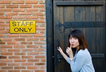 Cute Thai woman is sneaking the secret area