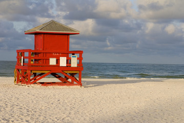 Lifeguard Hut Red