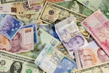 Geldscheine unterschiedlicher Währungen