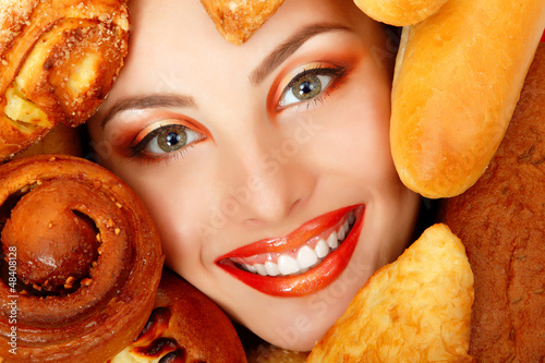 woman beauty face with bread bun patty baking food