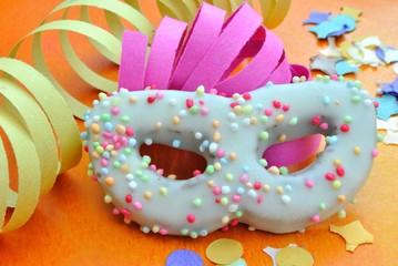 Dolci di carnevale a forma di maschera