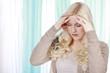 Junge Frau mit starken Kopfschmerzen,Migräne