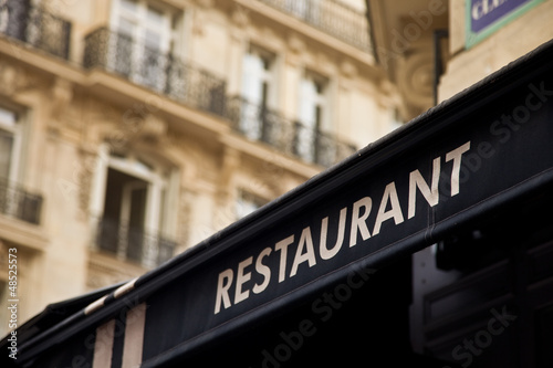 canvas print picture Restaurant in Paris - Bistro