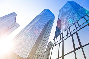 Bürogebäude in Frankfurt - Gegenlicht