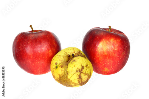 Failure - two good apples and a bad one