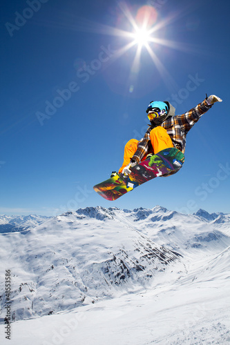Foto op Aluminium Wintersporten jump in the valley