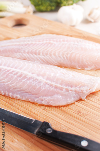 Filleting white fish