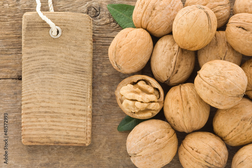 walnut and tag price