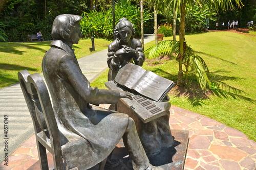 Fotobehang Singapore Monument dedicated to Chopin in Singapore Botanic Gardens